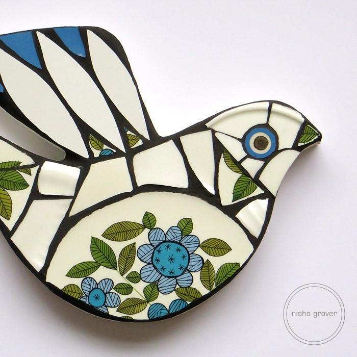 Vintage leaf mosaic bird